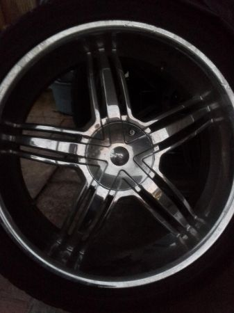 chrome rims 24 inch truck wheels and tires - $1200 (Metairie)