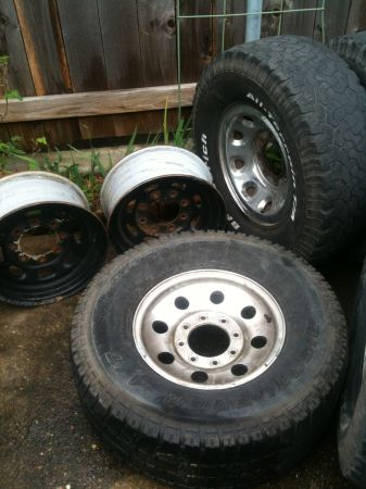 16in ford F250 rims - $150 (New Orleans)