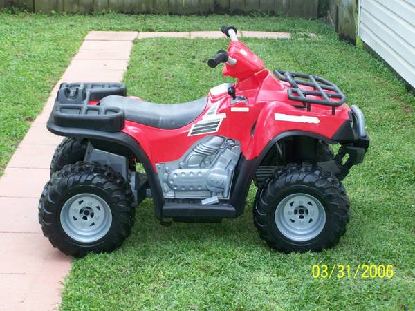 Power Wheels 12 volt 4 wheeler for sale - $150 (Slidell)