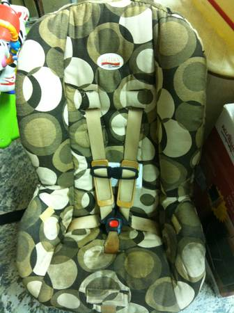Britax Marathon convertible Car Seatcarseat for child 5 lbs to 65 lbs - $50 (Lakeview)