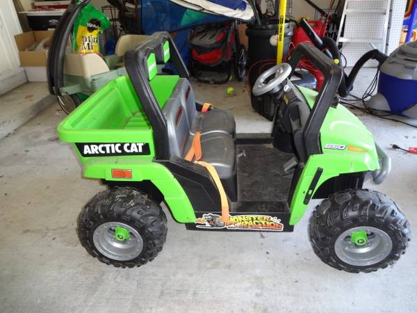 Power Wheels Arctic Cat - $100 (Madisonville)