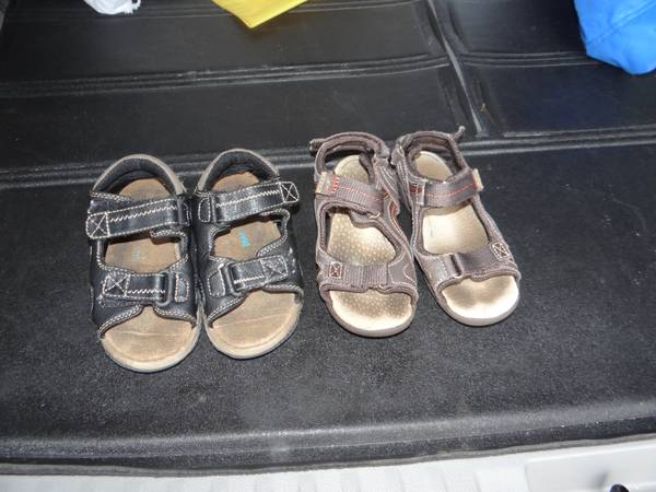 Size 10 Sandals Brown and Black -   x0024 30  Slidell