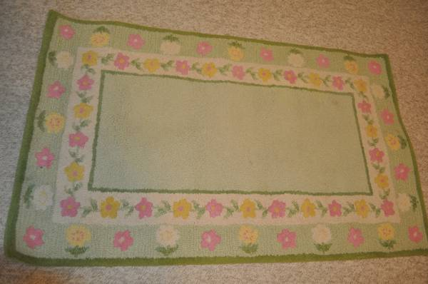 REDUCED Pottery Barn Kids Floral Border Rug - $15 (Lakeview, New Orleans)