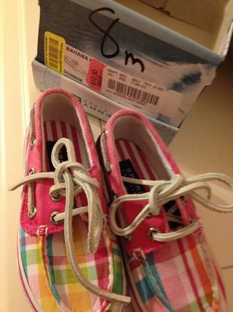 Sperry Boat Shoes(toddler girls size 8) - $11 (Metairie)