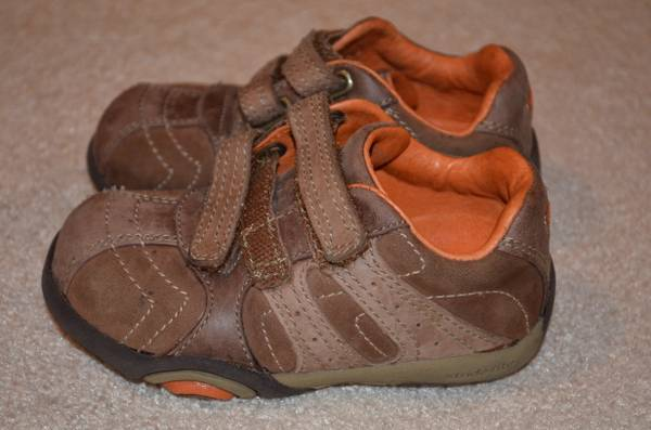 Stride Rite Great Quality Shoes size 5 12 - $12 (Mandeville)
