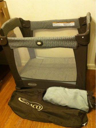 Mini Pack N Play GRACO Travelite With Stages - $45 (Gretna)