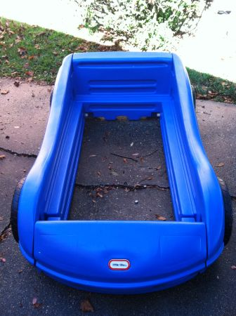 Little Tikes Race Car Toddler Bed - $125 (New Orleans - West Bank)