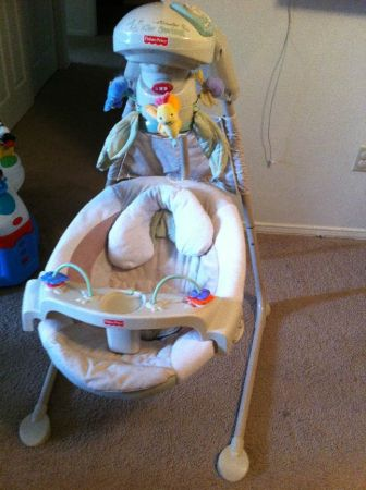 Fisher Price Natures Touch Papasan Cradle Swing - $40 (Metairie)