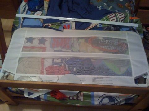 Elmo Bed Rail  White Bed Rail - $10 (Metairie)