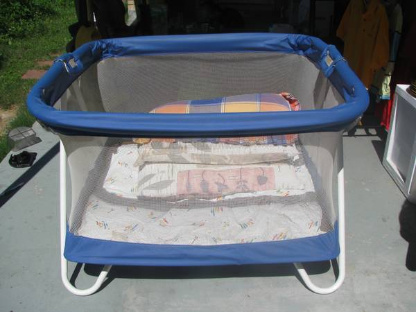 playard $10, sealy ortho rest mattress $10 - $10 (lakeview)