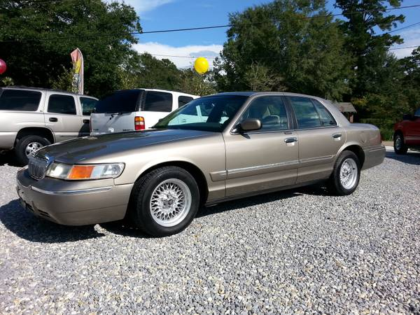 2001 MERCURY GRAND MARQUIS-LIKE NEW CONDITION_CLEAN - $3990 (ACEAUTOSOURCE.NET)