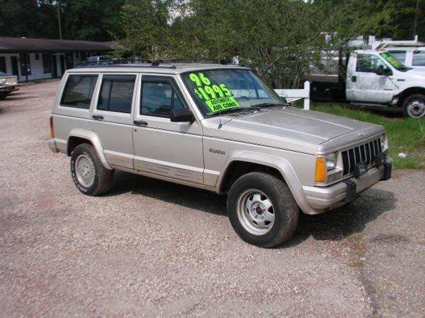 1996 JEEP CHEROKEE COUNTRY - SALE - $1495 (lacombe)