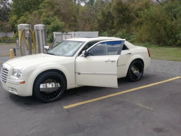 Chrysler 300 On Vogue Tires >> Charger on swangas for sale
