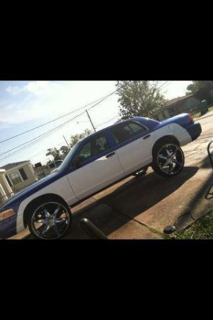 ((01 CROWN VIC)).......((26S)) - $3000 (Gretna-Westbank)