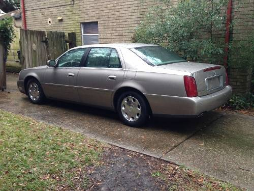 2002 CADILLAC DEVILLE CLEAN TITLELOW MILEAGE1 OWNERVERY CLEAN - $5945 (New Orleans)