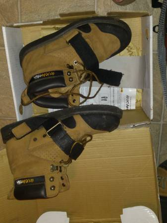 Cougar Paws roofing inspection boots