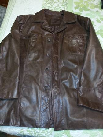 Roundtree  Yorke Browm Leather Jacket - $250