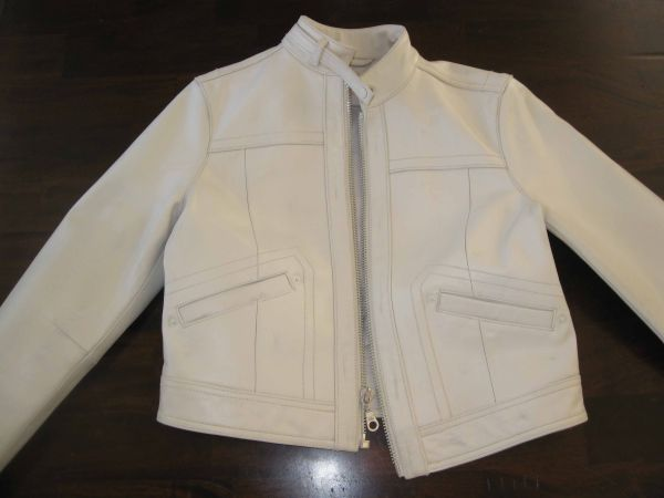Ladies white leather jacket - $100 (Lakeview)