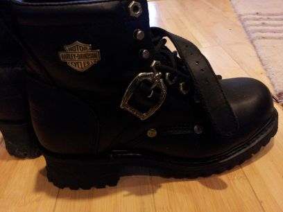 Womens Harley Steel toe boots - $80 (Lakeview)