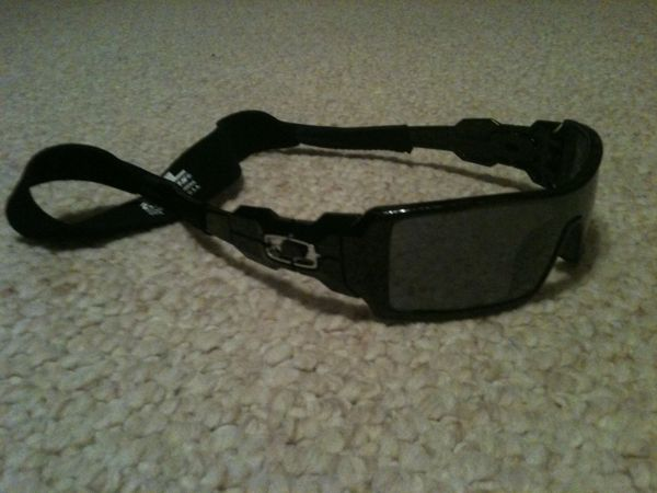 Like New Oakley Oil Rig Sunglasses - $80 (Destrehan)