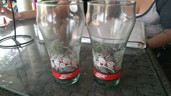 vintage coca cola christmas glasses