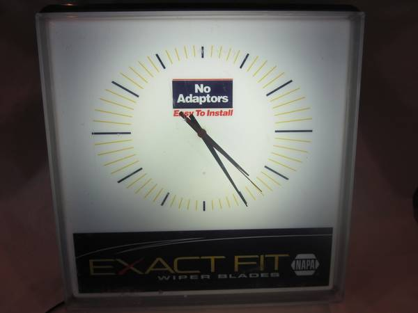 napa auto parts electric clock - $35 (metairie)
