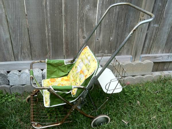 vintage 1960s-70s Baby Stroller - $25 (Lakeview N.O.)
