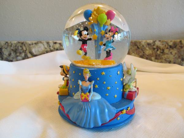 Walt Disney Snow Globe - $8 (New Orleans)