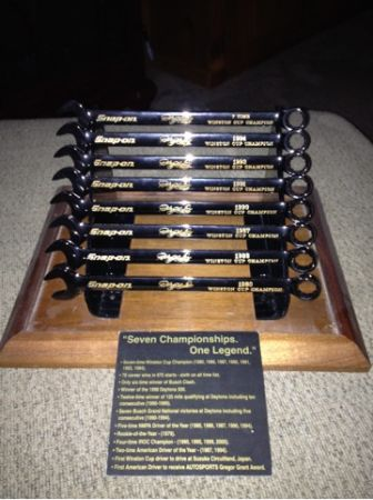 Dale Earnhardt snap-on chionship wrenches - $1000 (Des Allemands )