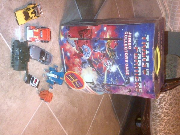 vintage transformer case with transformers - $50 (metairie)