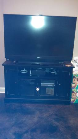 Mitsubishi 65 inch dlp with stand - $650 (Kenner)