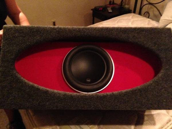 Jl audio 10w7 in jl ho ported box - $250 (River ridge)