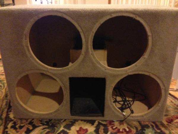 Custom Ported Sub Box for 4-12s - $300 (Metairie)