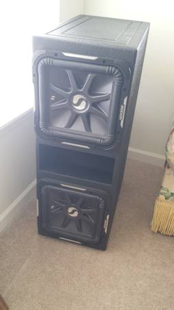 2 kicker 12 l7 - $400 (harvey)
