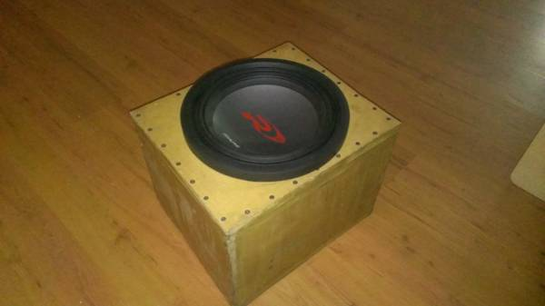 Alpine Type R 12 inch sub 2 ohm w box - $150 (New Orleans Westbank)