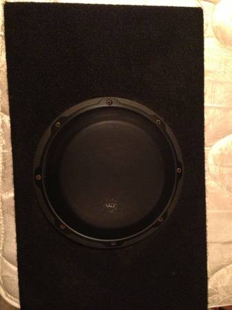 Jl audio 8w3 in jl ported box - $50 (River ridge)