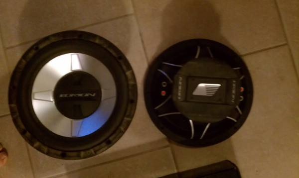 12 INCH ORION COMPETITION SUBS 1000 WATT MEMPHIS AMP AND POWER CAP - $600 (ARABI)