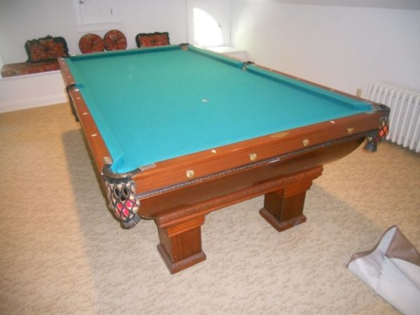 Brunswick Monarch Pool Table Espotted