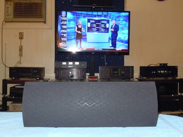 Definitive Technology C2 Center Channel Speaker. Works Excellent. - $45 (Metairie)