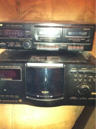 200 disc CD player dual tape deck - $225 (Marreo)