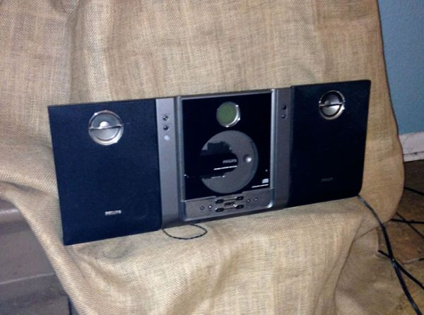 Philips MC235 Thin Stereo Microsystem - $50 (LaPlace)