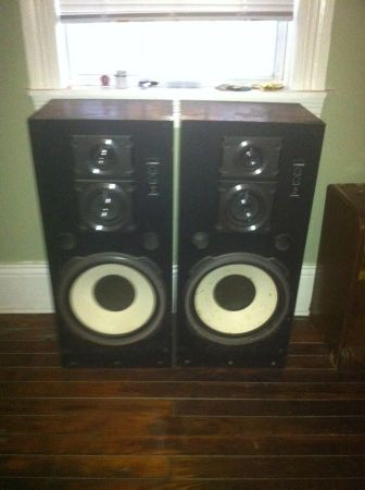 Two 3-way speakers that rock Two Fisher STV-816N - $50 (3227 Banks St.)