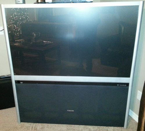 Toshiba 57H83 57-Inch HDTV-Ready TheaterWide Projection TV - $500 (Picayune, MS)
