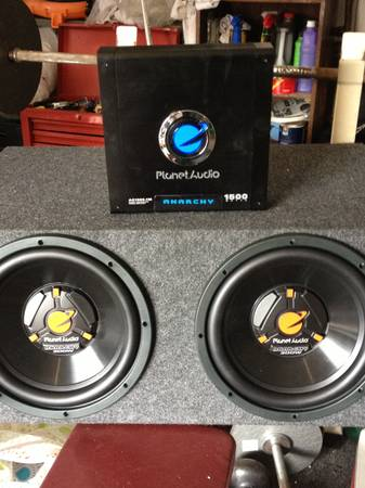 Planet Audio Subs and Amp - $225 (Kenner)