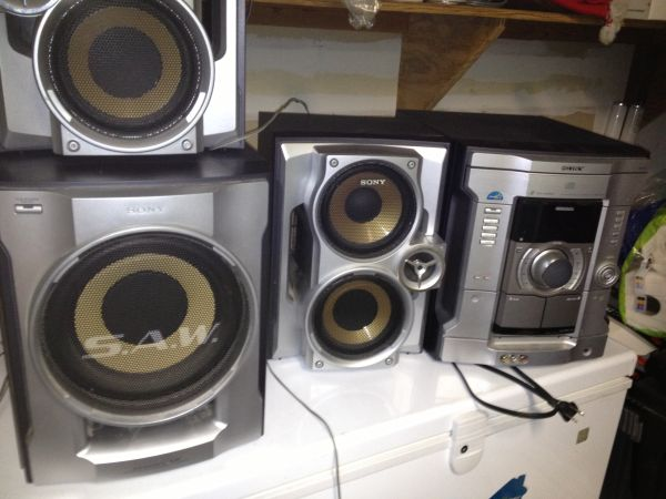 Sony Stereo System (3 Disc Changer) - $50 (New Orleans Area)