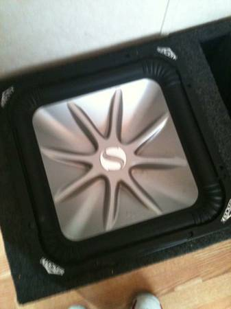 KICKER L5 15 PORTED BOX - $200 (hammond area)