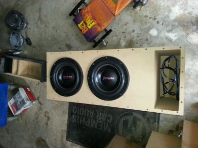 2 American bass xfl 10 subs 2000 watt peak each in ported box - $350 (Mandeville)