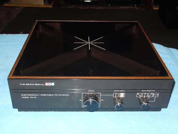 BIC The Beam Box FM-10 FM Antenna. Vintage 1977-78 - $50 (Metairie)