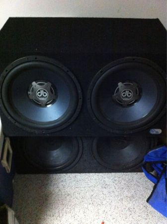 4 15 inch subwoofers w box for sale - $250 (Luling)