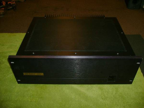 PS Audio 100C Class AB Power Amp. 120wpc8, 200wpc4 ohms. Nice Cond. - $275 (Metairie)